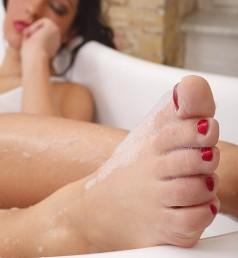 Sexy schwarze weibliche Füße